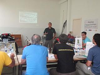Sessão teórica de iniciação à canoagem